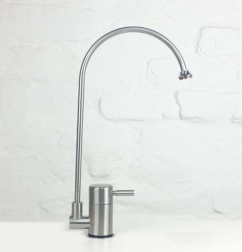 q1 Edelstahl Wasserhahn