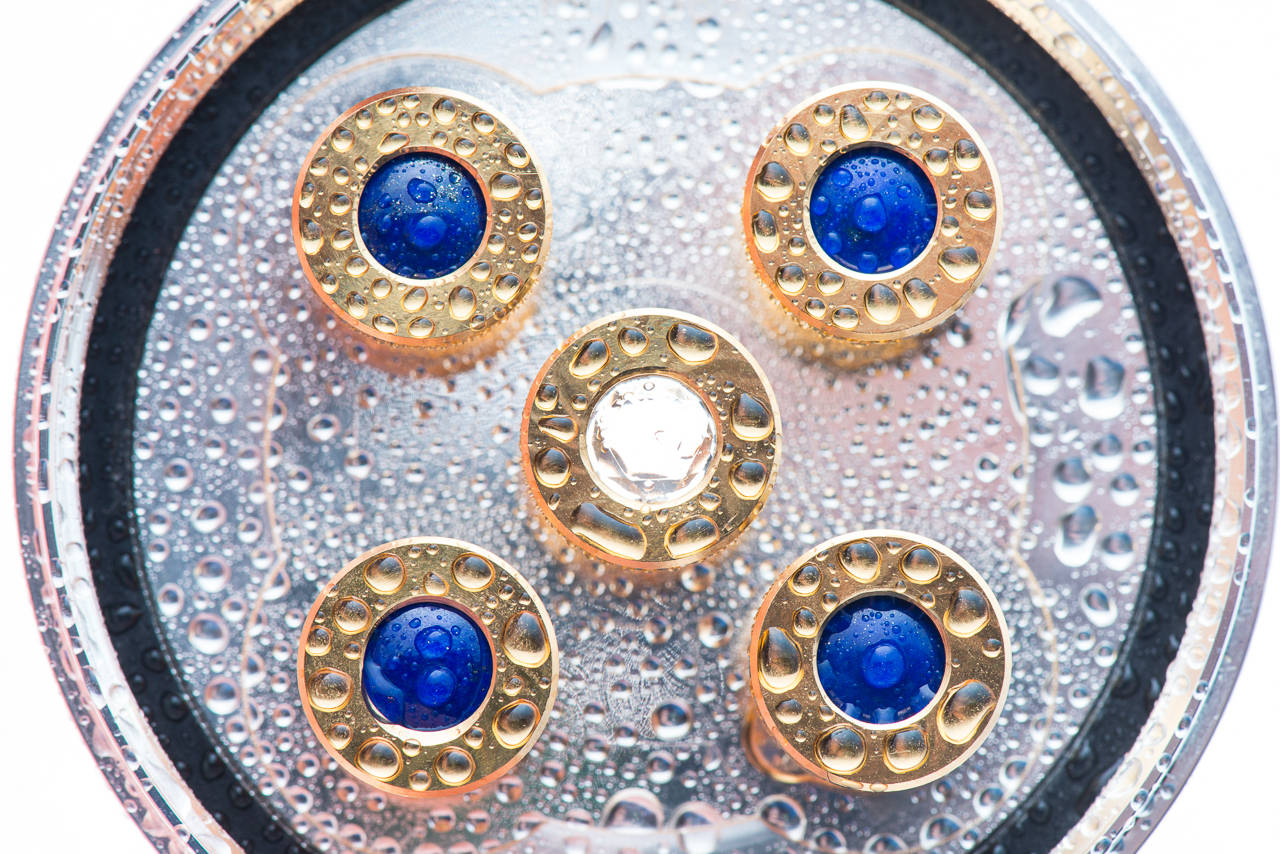 im Bild Royal Blue 5 von Aquadea